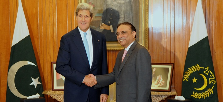 Secretary of State John Kerry meeting with Pakistan's President Asif Zardari