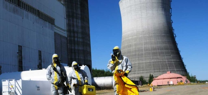 A team of CBRN specialists train at the Satsop nuclear power plant in Elma, Wash.