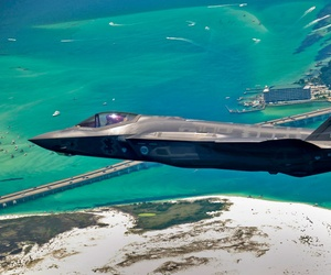 An F-35 Lightning II joint strike fighter (JSF) aircraft