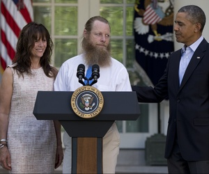 President Obama meets with the parents of Bowe Bergdahl for a press conference in the Rose Garden on May 31, 2014.