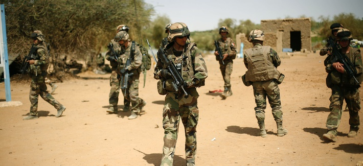 French soldiers in Gao, Mali, secure an area just following a suicide bomb attack, on February 10, 2013.