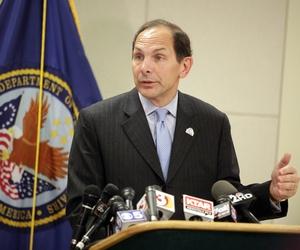Veterans Affairs Secretary Bob McDonald, on August 8, 2014, speaks at the Phoenix VA Medical Center.