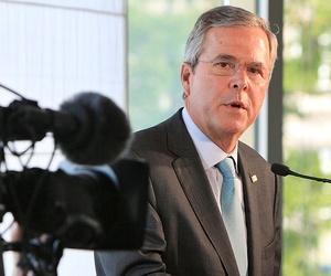 Bush speaks in Warsaw Thursday.