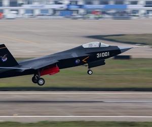 The Shenyang J-31 (F60)
