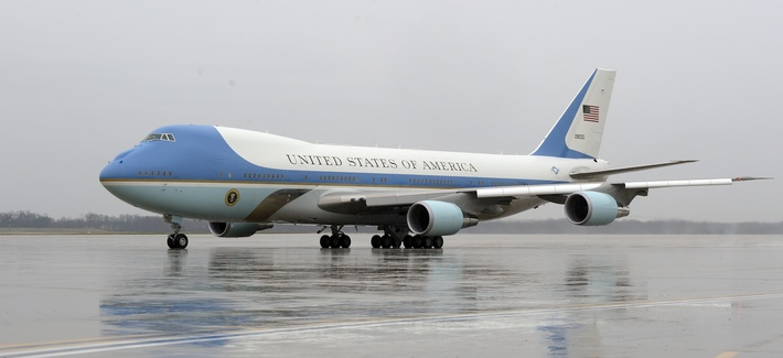 A current Air Force One, with President Barack Obama inside, prepares to take off from Andrews Air Force Base, Md., on Dec. 6, 2016.