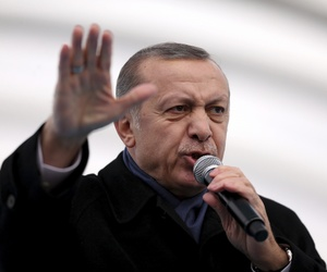 Turkey's President Recep Tayyip Erdogan gestures as he speaks during the opening ceremony of Eurasia Tunnel in Istanbul, Tuesday, Dec, 20, 2016.