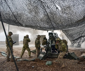 U.S. soldiers provide cover for Iraqi troops advancing on Mosul on Christmas Eve, Dec. 24, 2016. They are from Battery C, 1st Battalion, 320th Field Artillery Regiment, Task Force Strike.