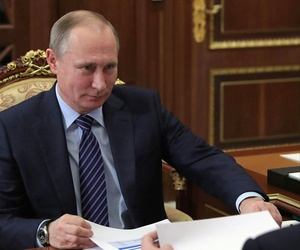 U.S. intelligence agencies concluded with a high degree of certainty that the Russian government was responsible for conducting cyberattacks on American political groups in an attempt to influence the U.S. election.