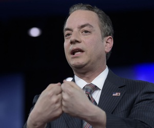 """""""We have hundreds of people in the queue,"""" said White House Chief of Staff Reince Priebus."""