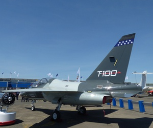 The Leonardo DRS T-100 pilot training jet at the 2017 Paris Air Show.