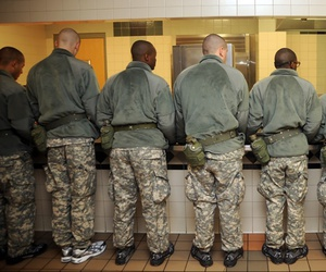 Recruits line up for breakfast at Fort Leonard Wood, Missouri, in 2010.