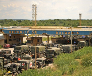 Task Force War Eagle under the command of 1st Squadron, 2d Cavalry Regiment crossed the border from Romania to Bulgaria July 18, 2017 for the Dragoon Guardian convoy to continue on for more Saber Guardian 17 exercises.