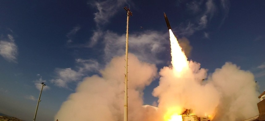 he Israel Missile Defense Organization (IMDO) of the Directorate of Defense Research and Development (DDR&D) and the U.S. Missile Defense Agency (MDA) conducted a successful first engagement of a ballistic missile target with the Arrow-3 interceptor on De