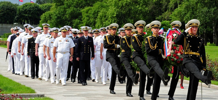 Sailors from the U.S., Russia, France and the United Kingdom at a wreath laying ceremony during the 2012 FRUKUS Exercise