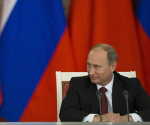 Russian President Vladimir Putin meets with Chinese President Xi Jinping at the Kremlin in Moscow on March 22, 2013.