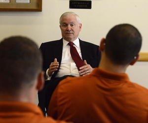 Former Defense Secretary Bob Gates speaks with students at UT Austin, on May 19, 2012.