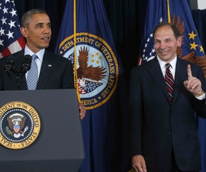 President Barack Obama speaks at the Department of Veterans Affairs in Washington, June 30, 2014, to announce his nomination of former Procter and Gamble executive Robert McDonald, right, as the next Veterans Affairs secretary.