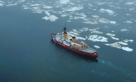 The Coast Guard Cutter Polar Star transits the Chukchi Sea north of Wainwright, Alaska, on July 16, 2013.