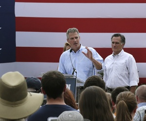 New Hampshire Senate candidate Scott Brown, addresses a crowd of supporters with former Republican presidential candidate Mitt Romney, on July 2, 2014.