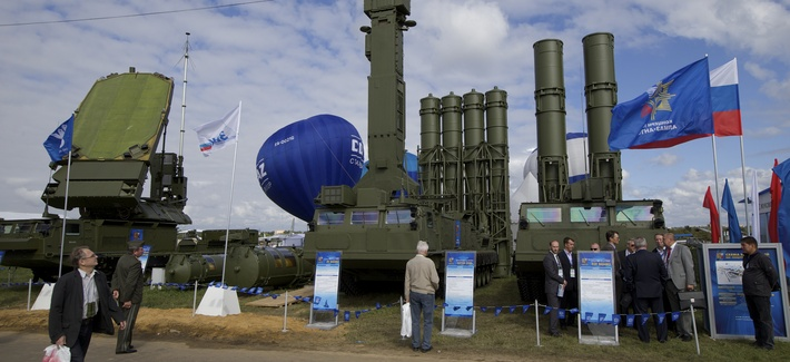Russian air defense system missile system Antey 2500, or S-300 VM, is on display at the opening of the MAKS Air Show in Zhukovsky outside Moscow on Tuesday, Aug. 27, 2013.