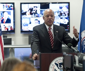 DHS Secretary Jeh Johnson speaks to FEMA employees, on March 30, 2015.