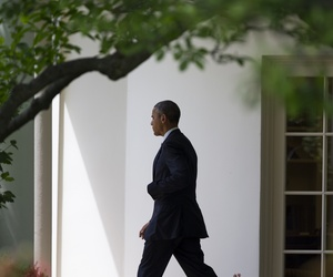 President Barack Obama walks to board Marine One on the South Lawn of the White House in Washington, Monday, May 18, 2015.
