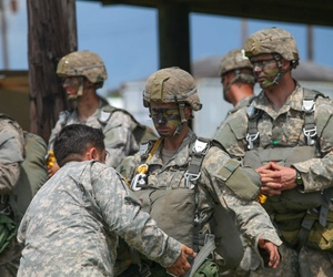 Soldiers on the Ranger Course at Camp Rudder on Eglin Air Force Base, Fla., Aug. 6, 2015