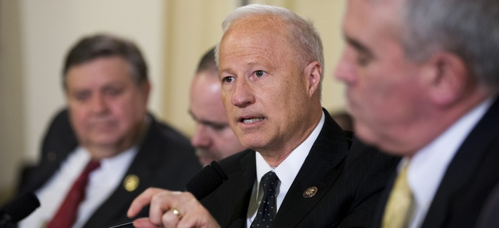 House Veterans' Affairs Committee member Rep. Mike Coffman gets into a heated exchange with Department of Veterans Affairs Secretary Robert McDonald.