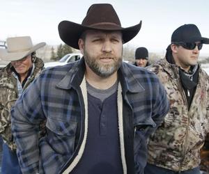 Ammon Bundy arrives for a news conference at Malheur National Wildlife Refuge near Burns, Ore.
