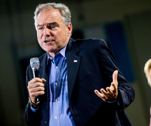 Sen. Tim Kaine, D-Va., speaks at a Clinton rally in Annandale on Thursday.