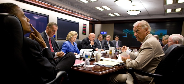 President Barack Obama and Vice President Joe Biden meet with the national security team on Iraq in the Situation Room of the White House, Aug. 11, 2010.