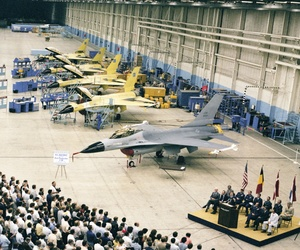 The delivery ceremony of the first production F-16 in August 1978.