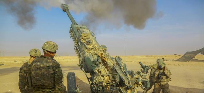 U.S. Army soldiers provide fire support for Iraqi Security Forces near Al Qaim, Iraq, as part of Operation Inherent Resolve.