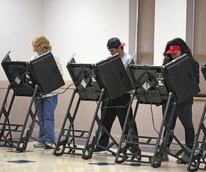 Missourians vote in St. Louis in November 2016.