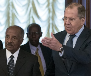 Russian Foreign Minister Sergey Lavrov, right, welcomes Eritrea's Foreign Minister Osman Saleh Mohammed, second from left, prior a meeting in Moscow, Russia, Monday, Jan. 30, 2017.