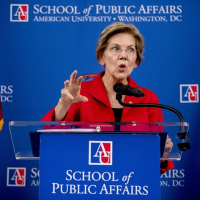 Warren's Big Foreign Policy Speech? Simple and Irresponsible