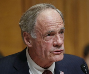 """""""Upholding basic ethical standards for our government should not be a partisan issue,"""" said Sen. Tom Carper, D-Del."""