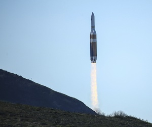 A powerful Delta 4 Heavy rocket carrying a U.S. spy satellite lifts off from Vandenberg Air Force Base in Calif., Saturday, Jan. 19, 2019.