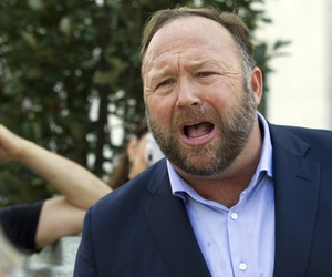 A Sept. 5, 2018, file photo of conspiracy theorist Alex Jones in Washington, D.C.