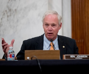Sen. Ron Johnson, R-Wis., sought to prevent Obama-era political appointees from moving into civil service jobs following the 2016 election.